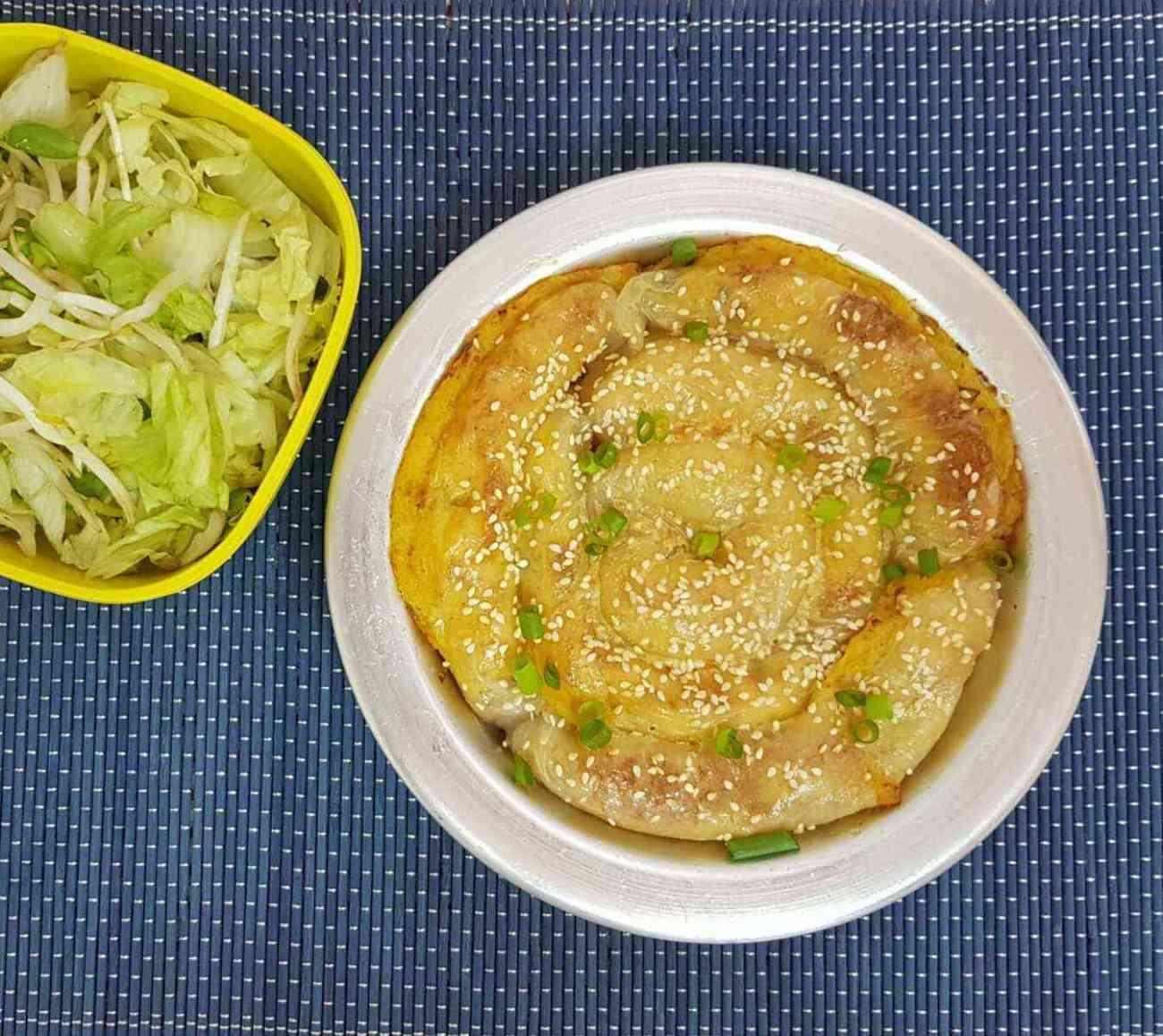 בורקס דפי אורז במילוי תפוח אדמה ובטטה