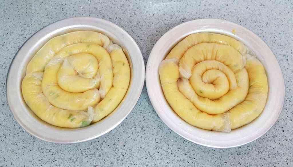 בורקס דפי אורז במילוי תפוח אדמה