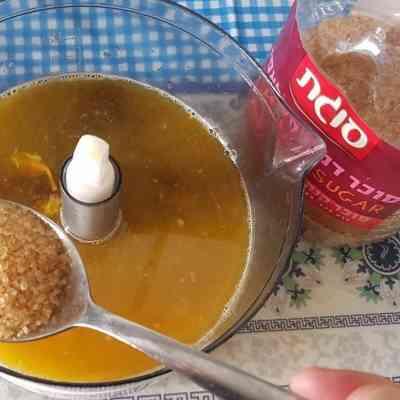 """מתכון לתבשיל שוקי עוף עם תפו""""א ברוטב תפוזים."""