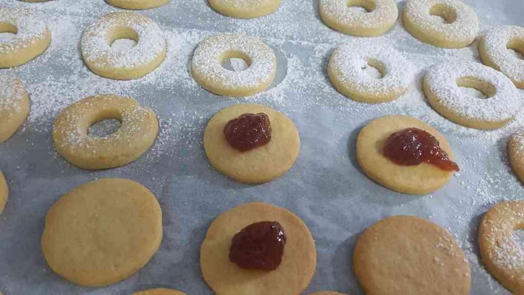 עוגיות סנדוויצ ריבה