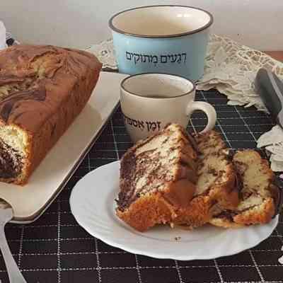 עוגה שיש בחושה נהדרת בטעמי וניל ושוקולד, אוורירית ב10 דקות.