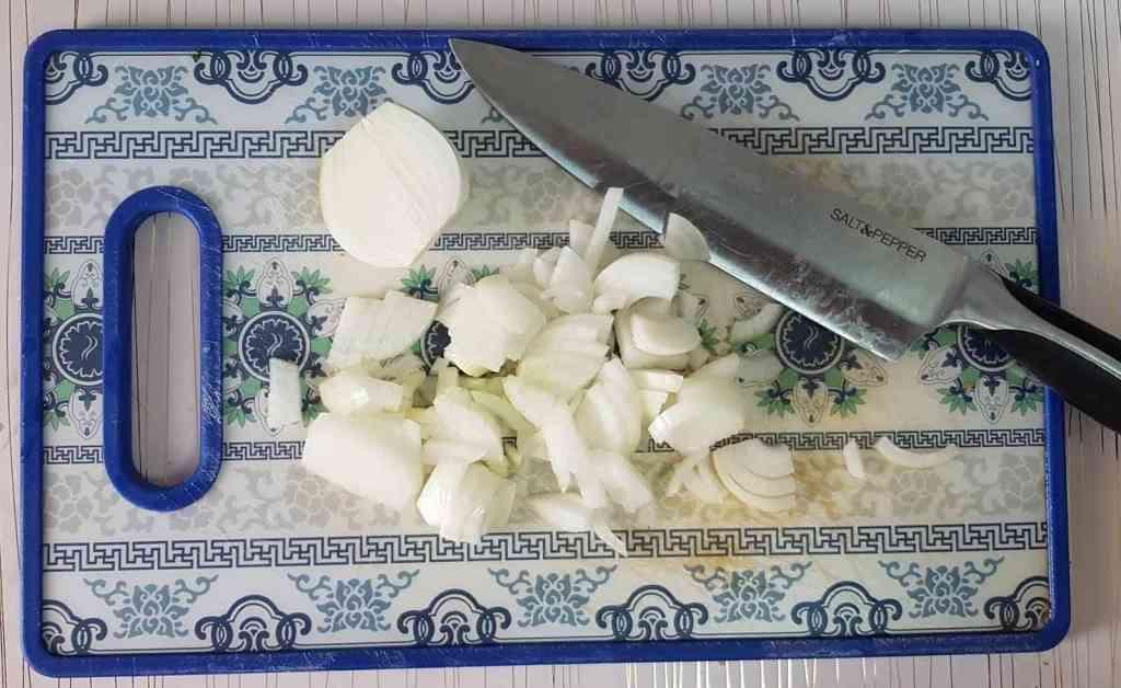 מתכון לפירה בטטה ותפוחי-אדמה, במרקם אוורירי וקטיפתי.