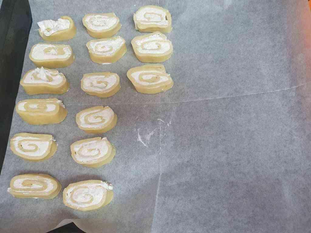 עוגיות שושנים נפלאות, אוורירי ופלאפי וטעימות, גירסה נפלאה ומוצלחת במיוחד.
