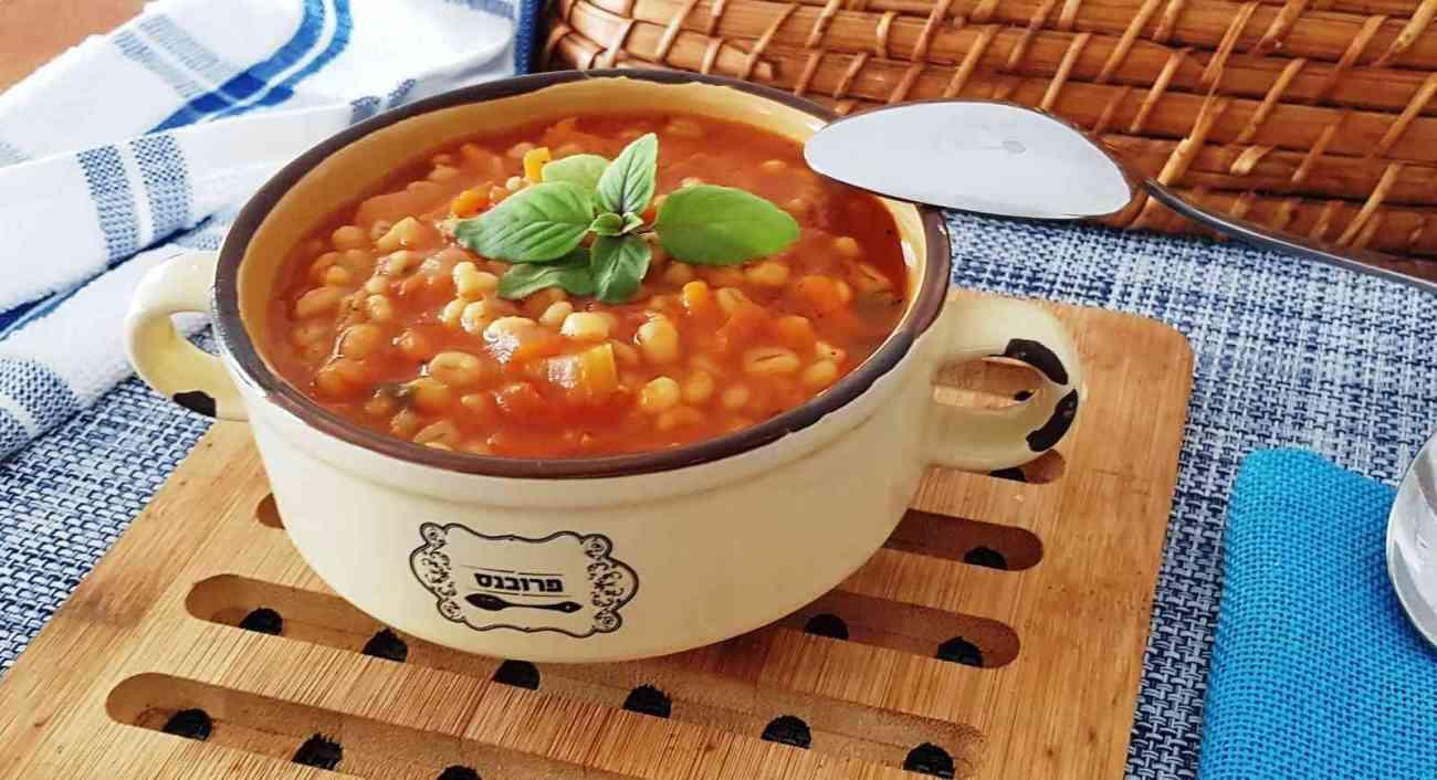מרק עגבניות עם גריסים