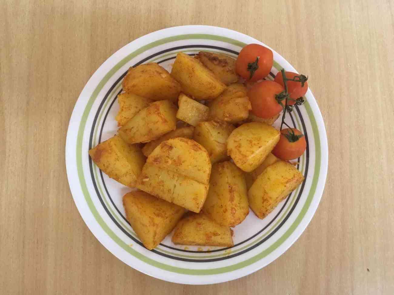 תפוחי אדמה אפויים במיקרו